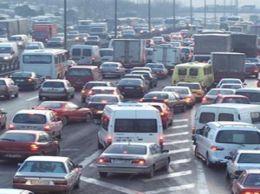 Fatih yoğun trafikte direksiyon kursu